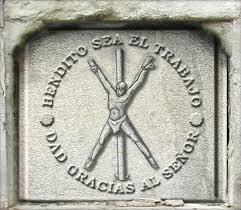 le symbole de la torture du Tripalium.